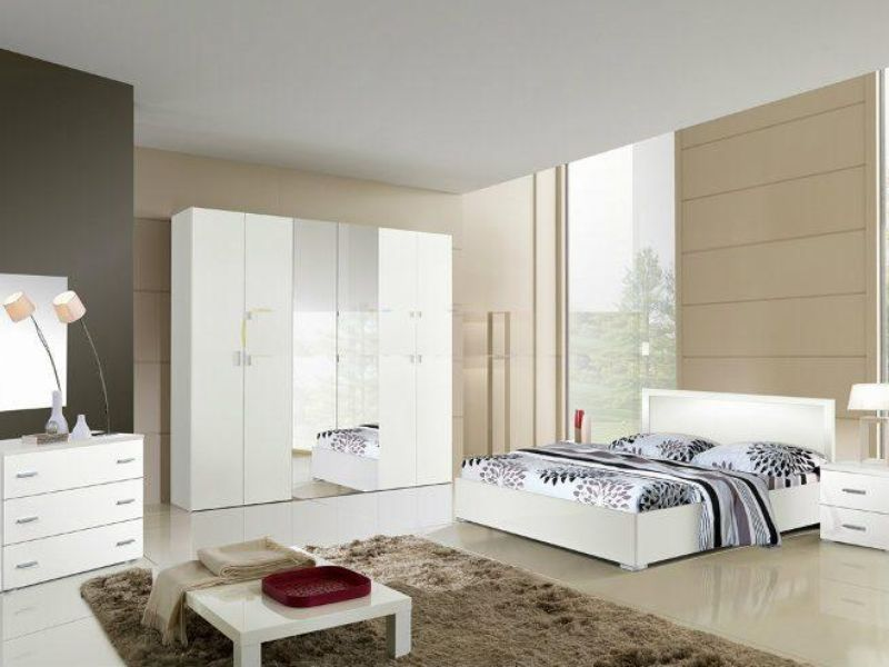 blanche chambre a coucher. Black Bedroom Furniture Sets. Home Design Ideas